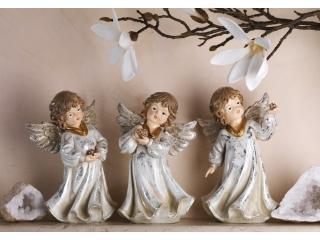 Statuete si figurine
