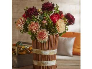 Flori şi crengi artificiale